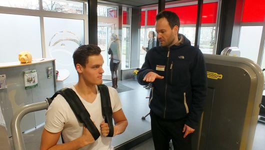 Marek Ulrich beim Krafttraining in der Sportstätte Rosengarten